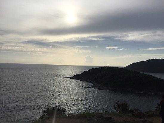 ราไวย์, ไทย: Phromthep Cape
