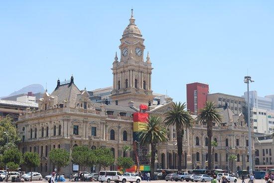 City Hall: photo1.jpg