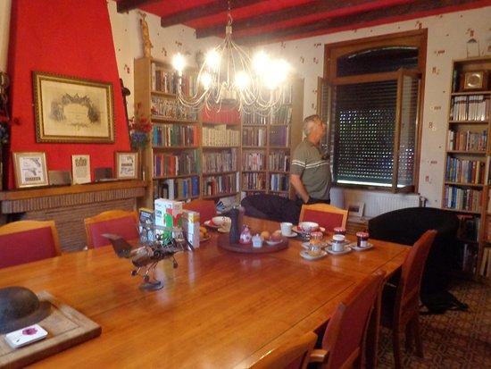 Martinpuich, France : Dinner & breakfast room