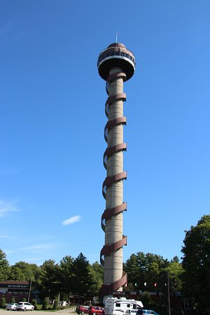 Lansdowne, Canadá: 1000 Island Tower