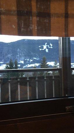Вид из апартаментов на горы