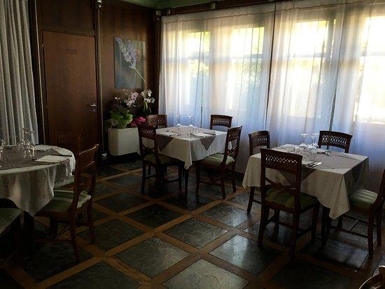 Narzole, Włochy: interno