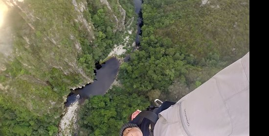 Tsitsikamma National Park, Νότια Αφρική: Disappointing, I could have fell another 100m and still not touched the bottom.