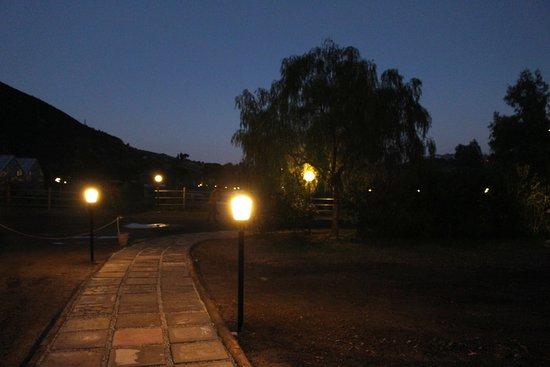 Oliveri, อิตาลี: paesaggio suggestivo di sera