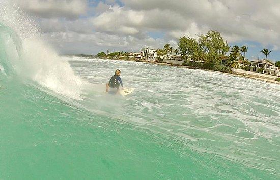 Christchurch, Barbados: Burkie surf school
