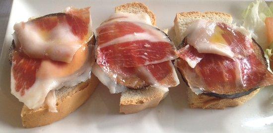 Las Cabezas de San-Juan, Ισπανία: Berenjenas con jamon y huevo