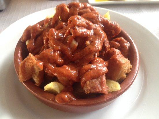 Las Cabezas de San-Juan, Ισπανία: Ranitos con salsa