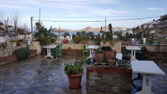 Zeytin Alti: Вид с летней площадки