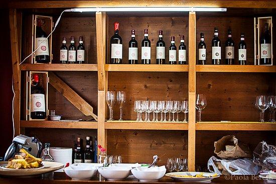 Монтефалько, Италия: La Sala Degustazione @Scacciadiavoli - thx to Paola Beretti for the ph
