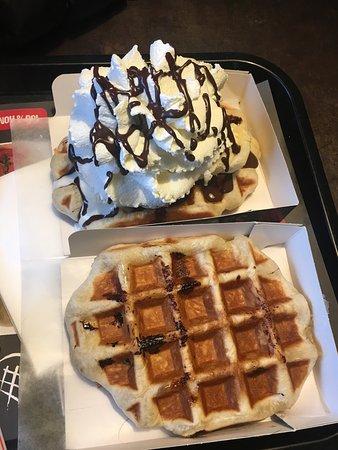 Waffle Factory: Waffle natural and waffle banana, dark chocolate and ...
