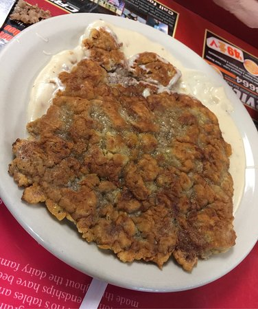 Chino, CA: Country fried steak covered the whole plate