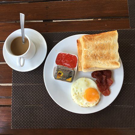 B2@Samui Beach Resort: Breakfast was really really sad