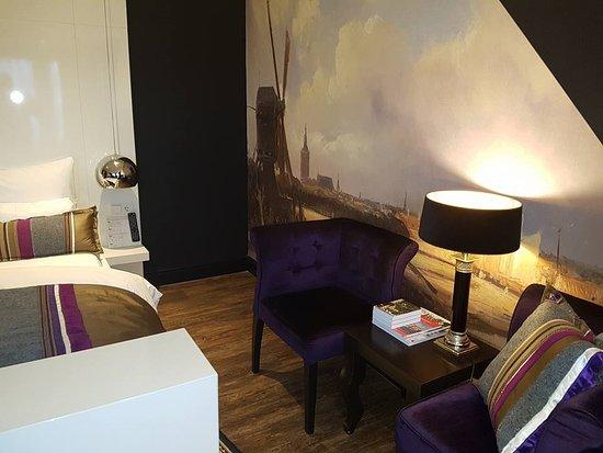 Rijswijk, The Netherlands: top floor suite 301