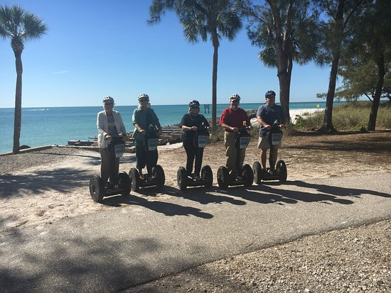 Bradenton Beach, FL: 3 of these friends had never done this before and loved every minute of it.