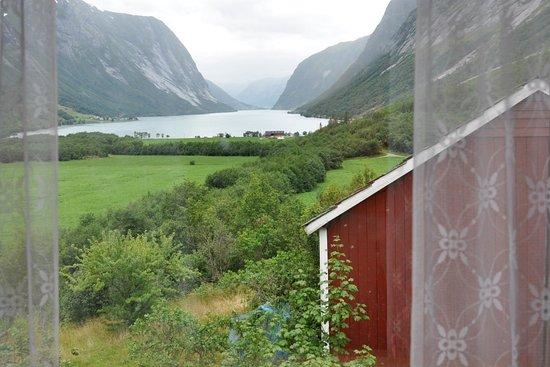 Sogn og Fjordane, Νορβηγία: Потрясающий вид из нашего номера
