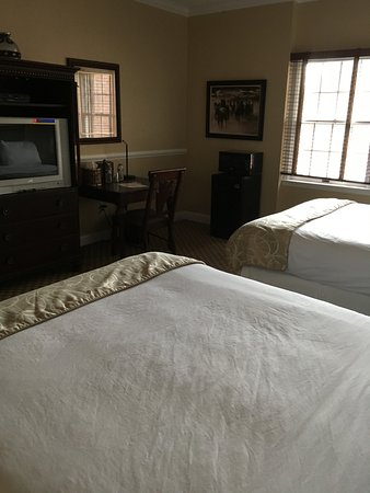 Colts Neck, Nueva Jersey: Deluxe Double Queen Beds