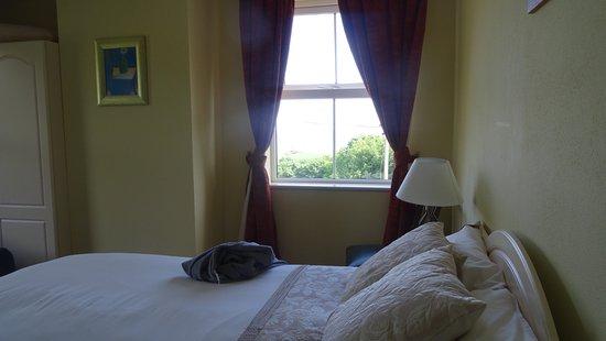 Atlantic House B&B: Schönes, gemütliches Zimmer