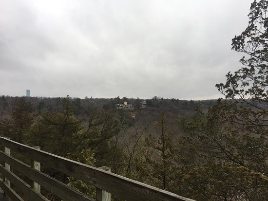 Starved Rock State Park: Awesome place to hike.