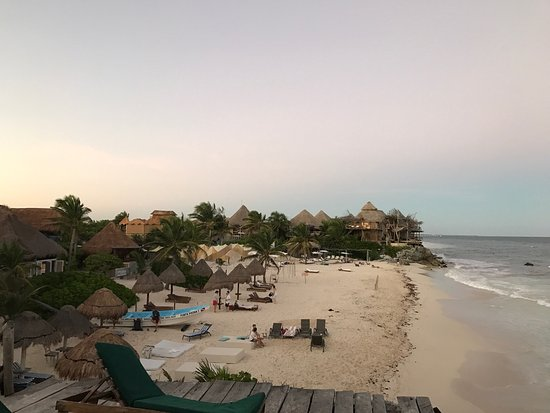 Hotel CalaLuna Tulum: Fantastic place to disconnect. Great service available parking simplistic & beautiful. Place is