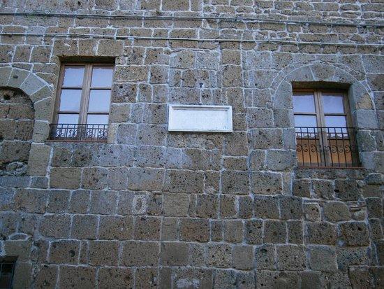 Sovana, Italien: Casa natale di Ildebrando, divenuto papa Gregorio VII