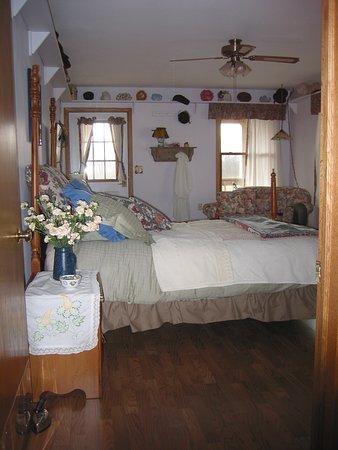 Newburg, WI: Sara Room