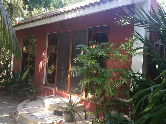 Travel In' Guest House : photo0.jpg