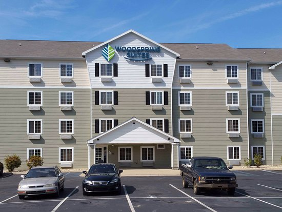 WoodSpring Suites Lexington