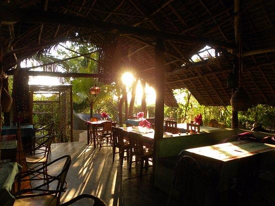 Bellevue Guesthouse: Restaurant/bar