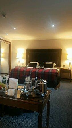 Macdonald Holyrood Hotel: Snapchat-1852701932_large.jpg