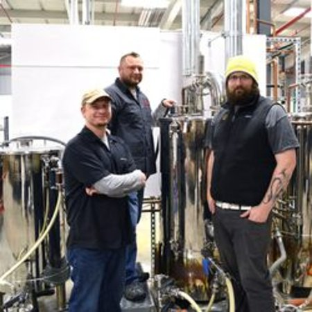 Weymouth, Массачусетс: Just a few members of our brew team!