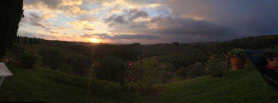 Salvadonica - Borgo Agrituristico del Chianti: vista recepção
