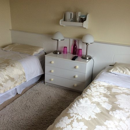 Cahir, Irlanda: Hollymount House B&B
