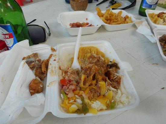 Port Glaud, Ilhas Seychelles: πολύ καλό φαγητό και οικονομικό!