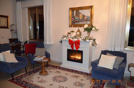 Hotel Tirrenia: sala lettura