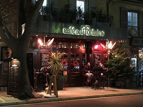 Maussane-les-Alpilles, France: Café de la Fontaine in Mausanne
