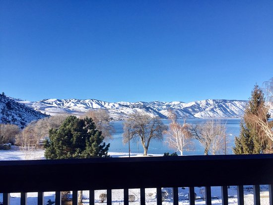 Lakeside Lodge and Suites: View from the room