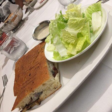 Mediterraneo Restaurant: Sandwich New-york