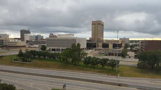 Ramada Topeka Downtown Hotel and Convention Center: View from 2v different stays on opposite sides of Tower