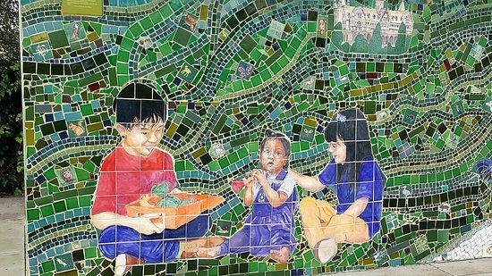 Albany, CA: Mural