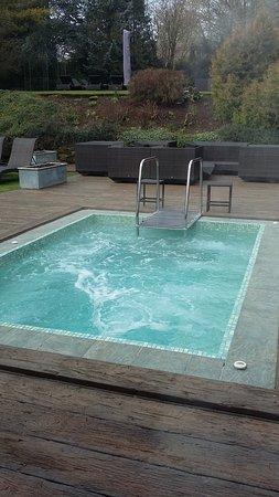 Fawsley, UK: Outdoor hot tub