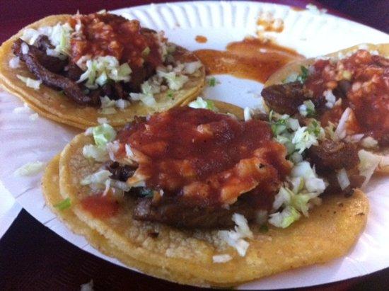 แฮนฟอร์ด, แคลิฟอร์เนีย: Carne Asada tacos