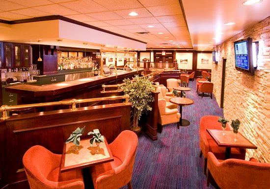 Fort Nelson, Canada: 1 Lounge at the Woodlands Inn and Suites
