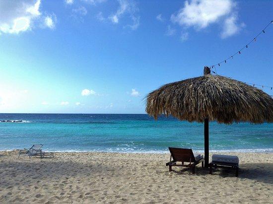 Floris Suite Hotel Spa Beach Club Moomba