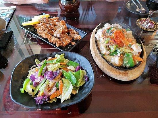 Eden, Australia: The 3 dishes together