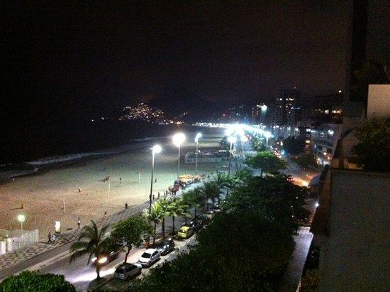 Hotel Fasano Rio de Janeiro: View of beach from room
