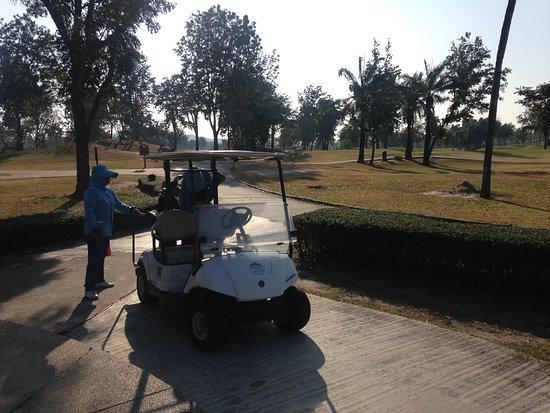 The Sea-Cret, Hua Hin: Lakeview golf course