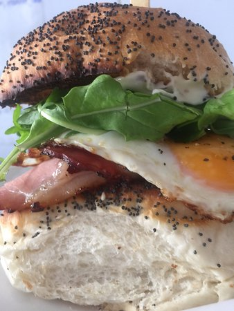 Karuah, Australia: Our amazing Bacon & Egg Roll is causing quite a stir!  Beautiful soft bun lightly toasted w' cri