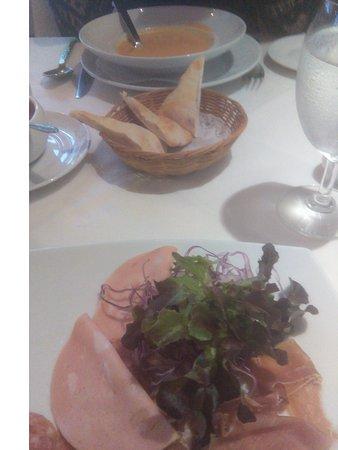 Sala Rossa Italian Restaurant: starters