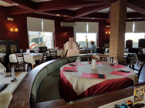 Collado Mediano, España: El salón comedor
