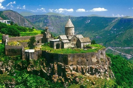 10-Day Exploration of Armenia and